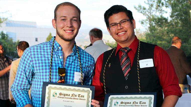 Sigma Nu Tau students ingurated